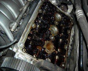 Как убрать лишнее масло из двигателя