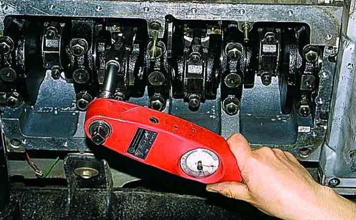Как разобрать шатунно поршневую группу двигателя