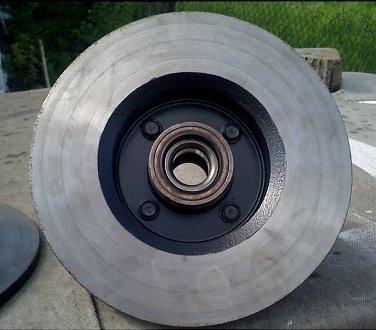 Как правильно проточить тормозные диски