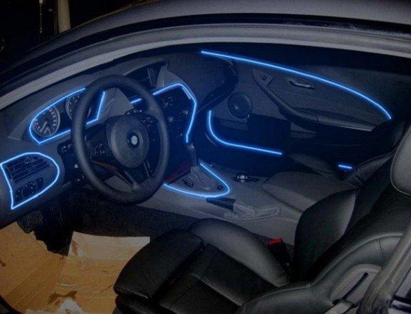 Как улучшить освещение салона автомобиля