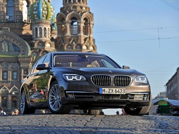BMW 750Li 2013 — описание модели новой машины