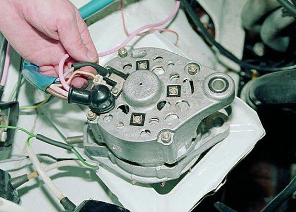 Как поменять щетки генератора ВАЗ