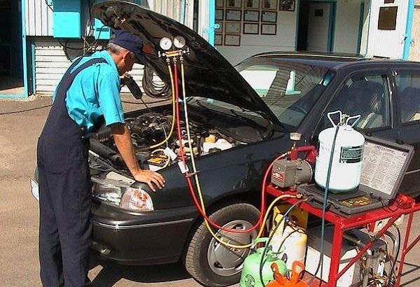 Заправка автокондиционера – для стабильной работы климатического оборудования
