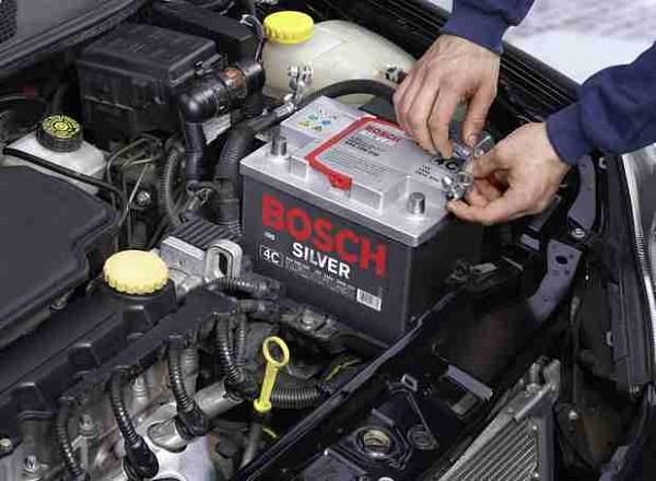 Проверка аккумулятора автомобиля