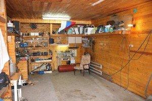 Как обустроить гараж технически своими руками