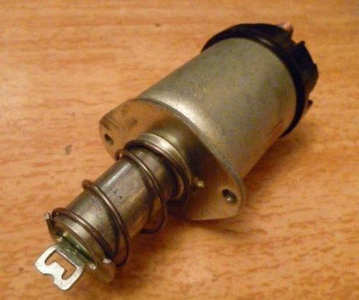 Втягивающее реле стартера ВАЗ 2109.