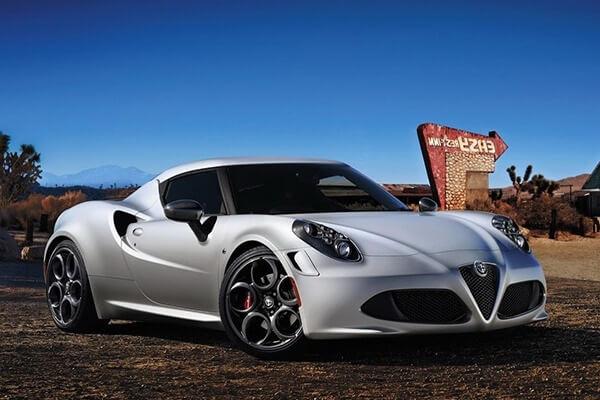 Alfa Romeo 4C – описание, тест драйв и видео
