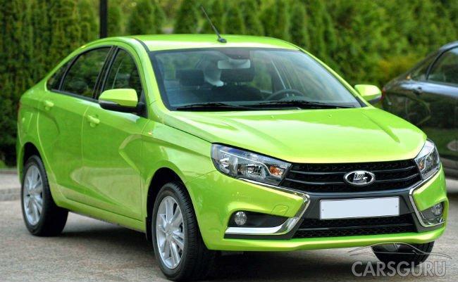 Продажи машин в России в июле продолжили снижаться
