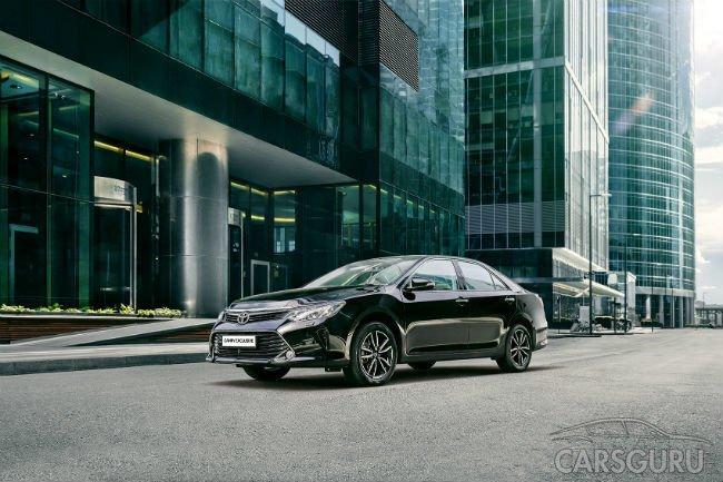 Toyota представила Camry в новой комплектации Exclusive
