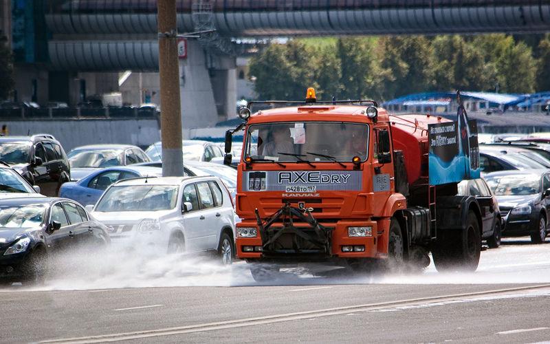 Поливальные машины— награни добра изла