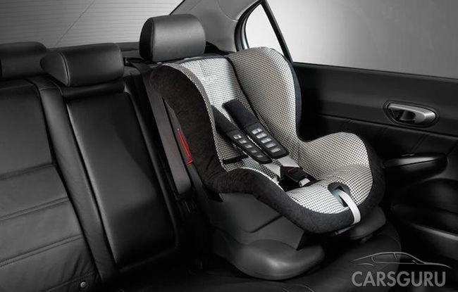 В России меняются правила перевозки детей в машинах