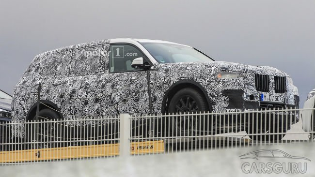 В сети появились первые шпионские фото BMW X7