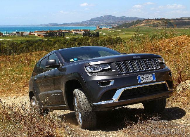 Продажи Jeep в России продолжили снижаться