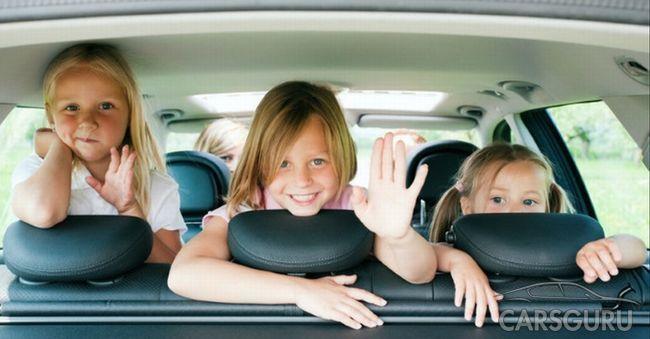 В России с 2017 года ужесточаются правила перевозки детей