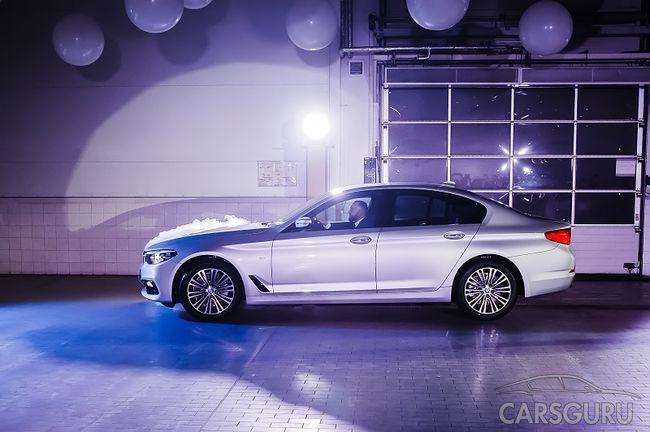 АВИЛОН первым в России представил Новый BMW 5 серии
