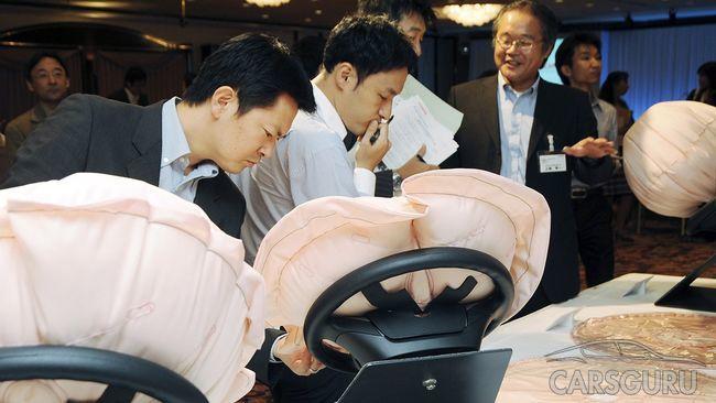 Toyota Motor отзывает около 3 млн моделей в связи с дефектом подушки безопасности