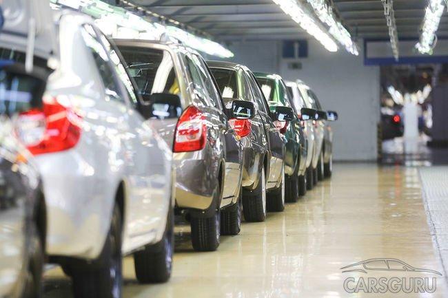 Продажи новых автомобилей в России выросли на 10% за последний месяц
