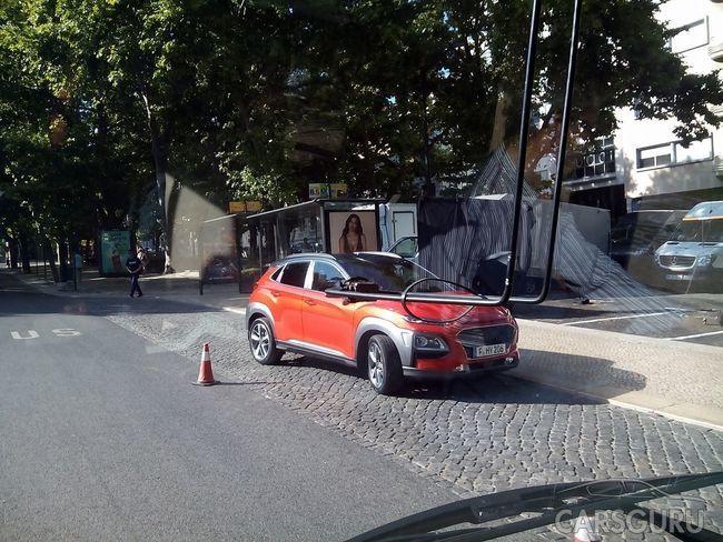 В Сети появились официальные тизеры Hyundai Kona
