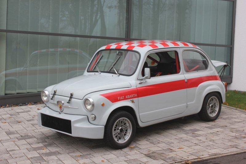 Seat выпустили гоночную модель 600 в честь её 60-летия » Автомобили и тюнинг