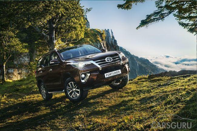 Новый Toyota Fortuner уже в России: современные системы и опции