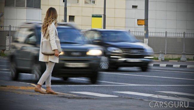Правительство увеличило размер штрафа за непропуск пешехода