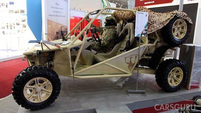 На автовыставке Interpolitex-2017 состоялся дебют багги-болотохода LADA «УРА»