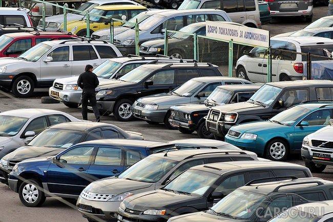 Снижается цена подержанных авто в России