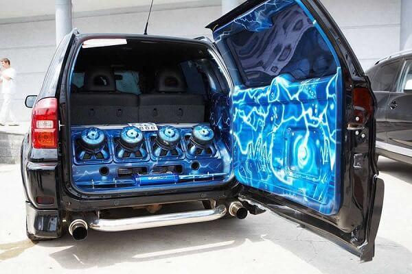 Качественный звук в автомобиле – что для этого нужно