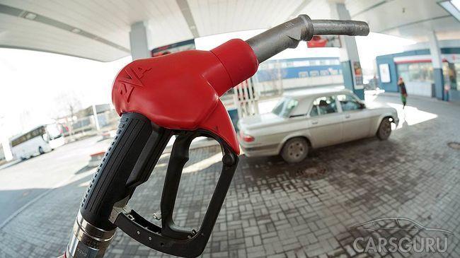 В России приняли закон о повышении акциза на машины и топливо