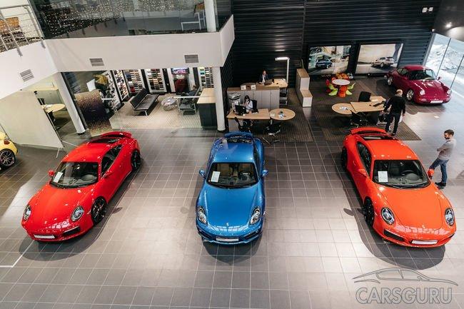 Service Clinic Day в Порше Центр Таганка: динамичный тест-драйв и выставка Porsche Approved