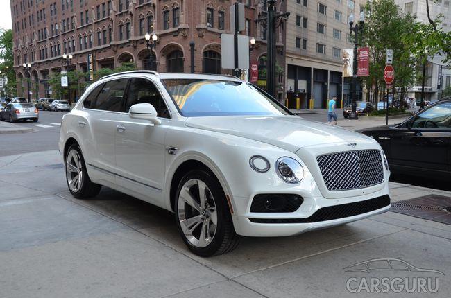 Внедорожник Bentley Bentayga получит «маленький» мотор и подешевеет в 2018 году