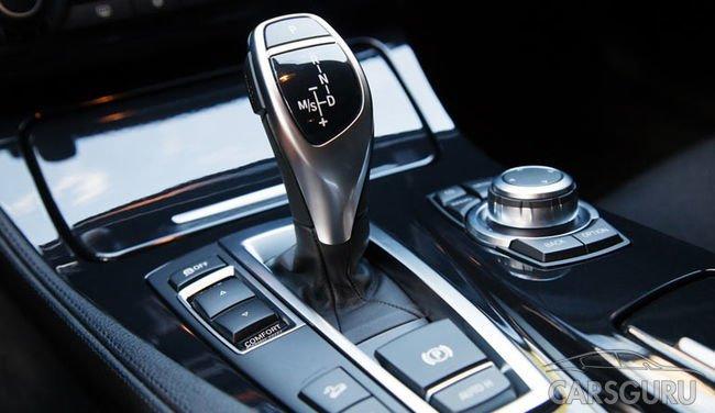 Эксперты составили рейтинг самых дешевых авто в России с АКПП