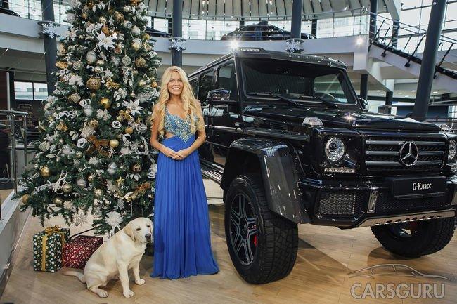 АВИЛОН «Мерседес-Бенц» поздравляет с наступающим Новым Годом и Рождеством!