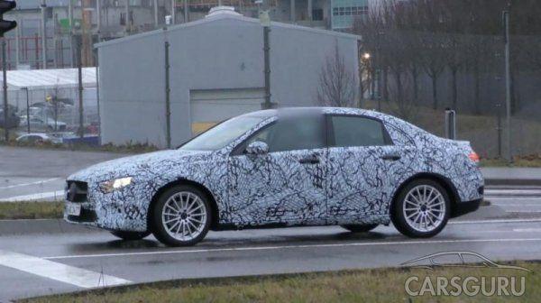 Автошпионы представили видео с новым Mercedes-Benz A-Class