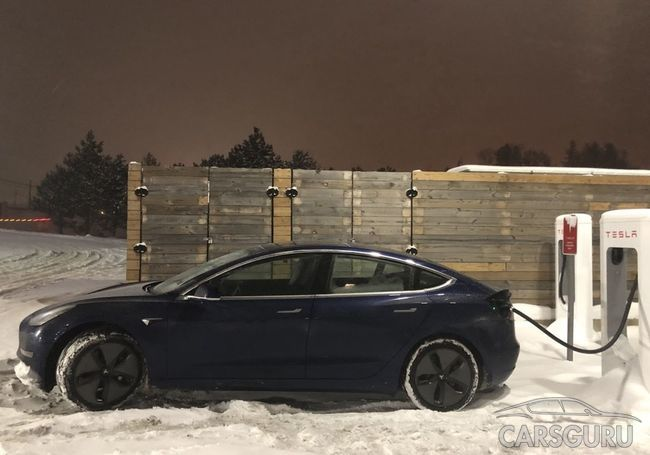 Очередное достижение Tesla: Model 3 установил рекорд «Пушечного ядра»