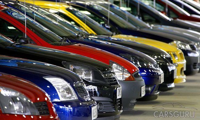 В Туркменистане ввели запрет на все окрасы автомобилей, кроме белого