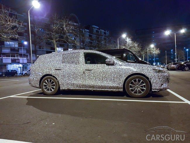 Шпионские фото нового Ford Focus в кузове универсал
