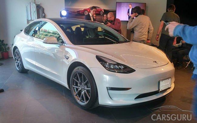 Теперь Tesla Model 3 можно заказать в России. Цены