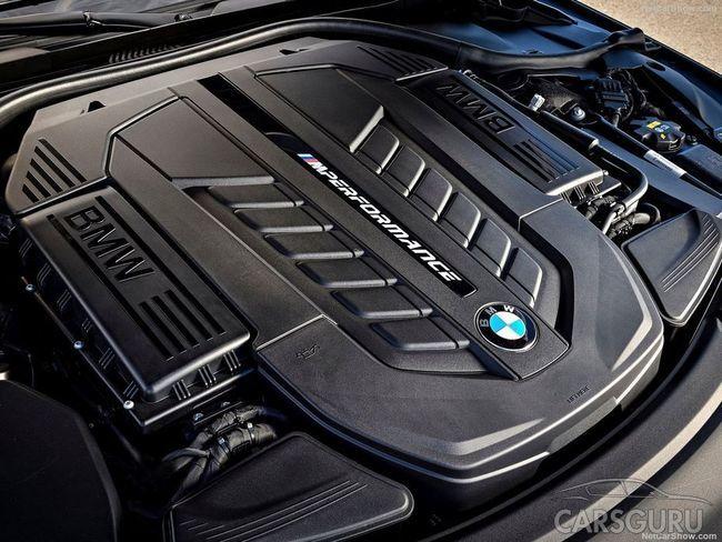 BMW откажется от V12