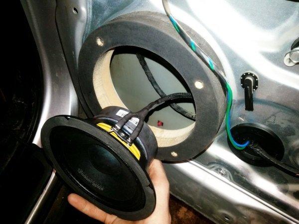 Как улучшить звучание в автомобиле.