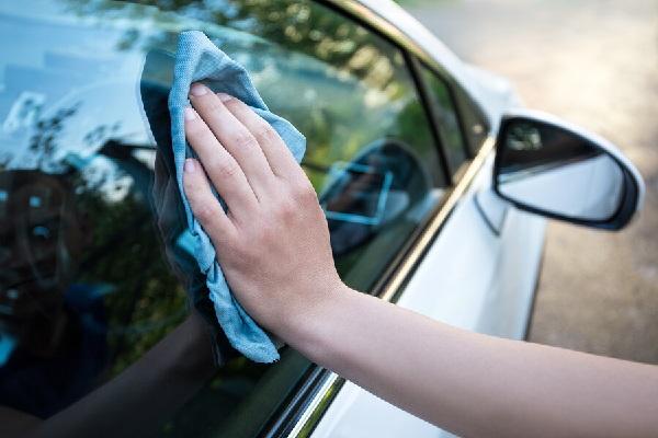 Как не ошибиться при выборе средств для стекол авто?